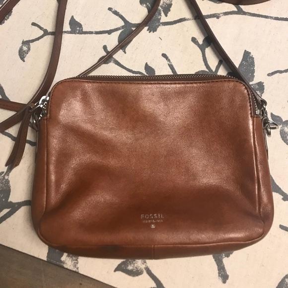 ba6ce786f78 Fossil Handbags - Fossil Sydney crossbody bag